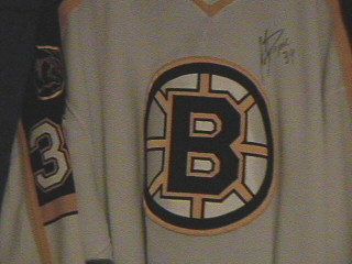 Same jersey as above but now autographed.